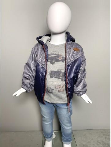 Комплект от яке, блуза и дънки