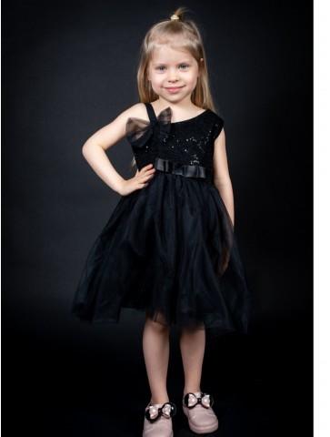 Елегантна  детска рокля в черно или...