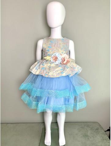 Синя рокля с тюл